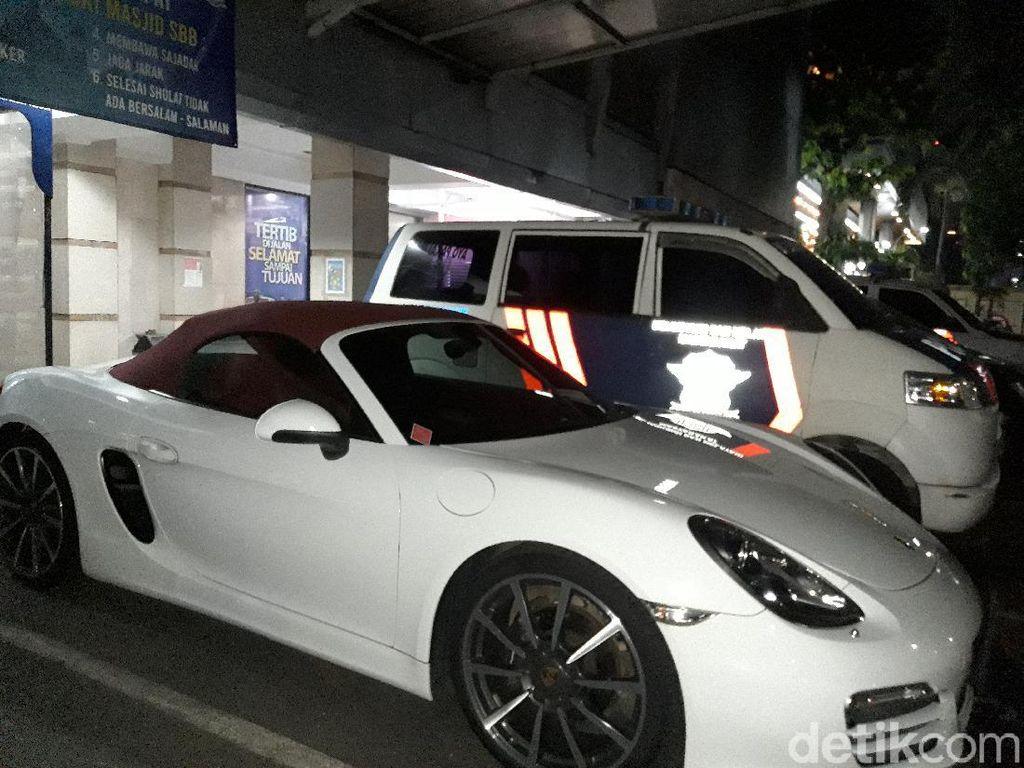 Fakta Terbaru Pengemudi Porsche Penerobos Busway