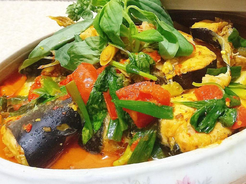 Resep Pembaca : Sop Ikan Patin Asam Pedas yang Gurih Segar