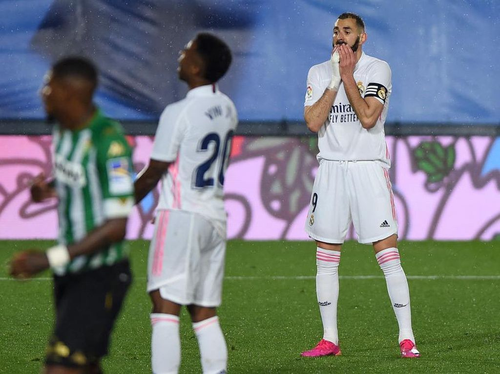 Real Madrid Dibilang Lagi Loyo, Sudah Kecapekan