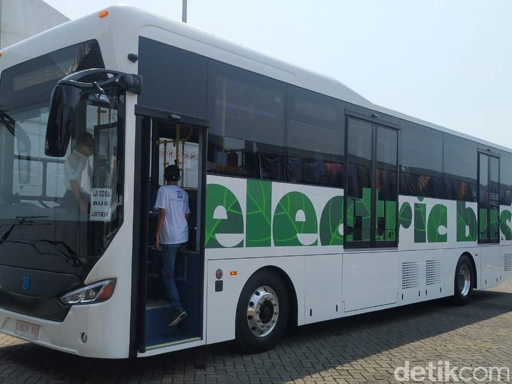 Jadi Ketua Periklindo, Intip Bisnis Bus Listrik Moeldoko