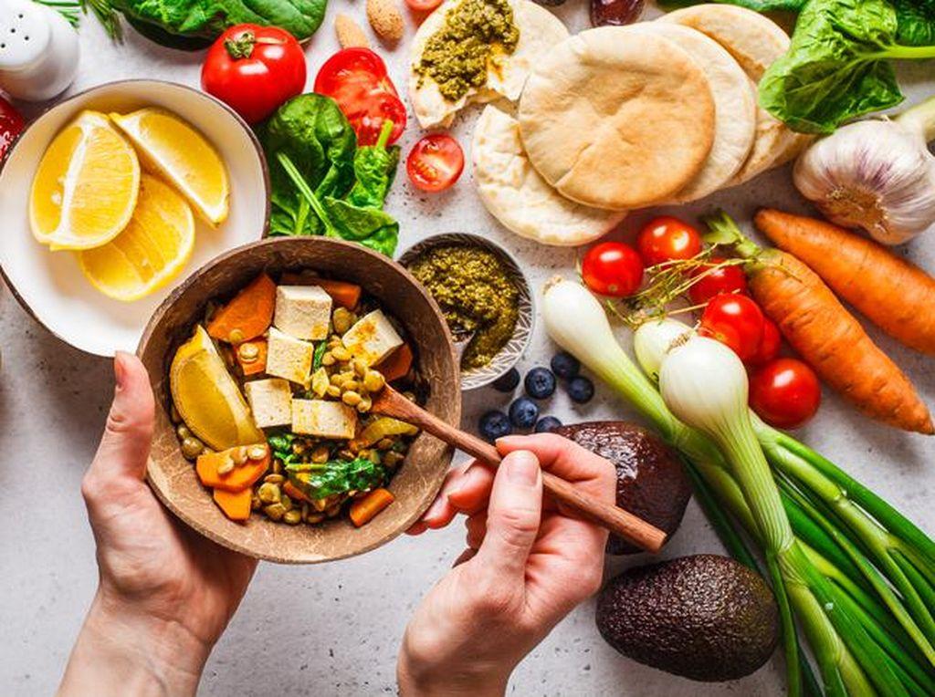 7 Cara Mudah Membuat Makanan Lebih Sehat Menurut Ahli Gizi
