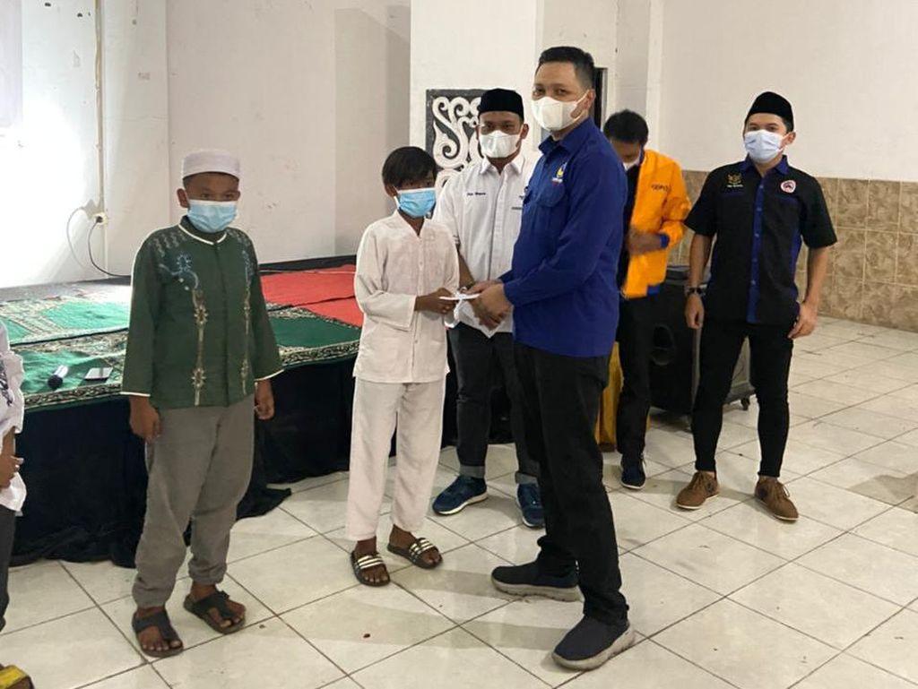 Gelar Kegiatan Ramadhan, Garda Pemuda NasDem Santuni Anak Yatim