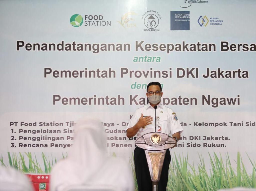 Anies Serap Gabah Petani Ngawi untuk DKI, Khofifah: Terima Kasih