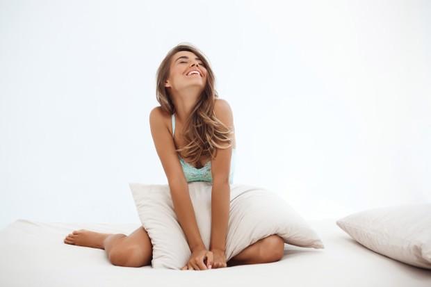 Jelajahi squirting sendiri atau bersama pasangan sangatlah penting untuk mengetahui apa yang cocok untuk kamu. Beberapa ahli seks menyarankan untuk merangsang g-spot untuk mencapai orgasme yang maksimal pada wanita.