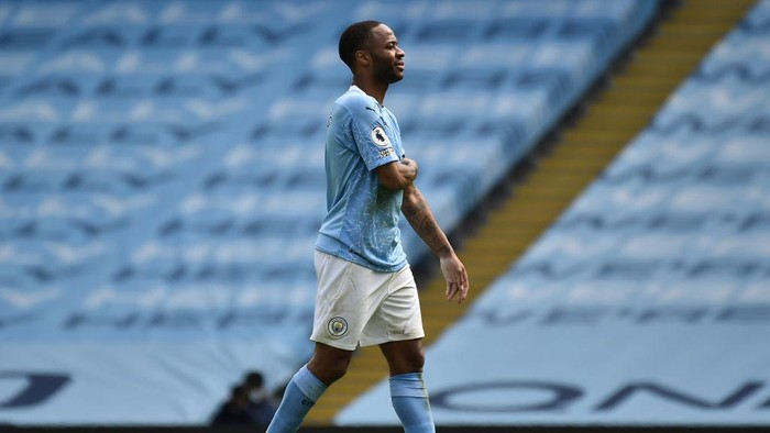 MANCHESTER, ENGLAND - APRIL 10: Raheem Sterling of Manchester City  looks dejected after the Premier League match between Manchester City and Leeds United at Etihad Stadium on April 10, 2021 in Manchester, England. Sporting stadiums around the UK remain under strict restrictions due to the Coronavirus Pandemic as Government social distancing laws prohibit fans inside venues resulting in games being played behind closed doors.  (Photo by Rui Vieira - Pool/Getty Images)