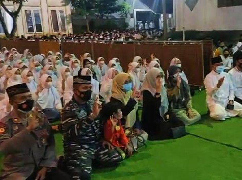 Doa Ratusan Santri Banyuwangi untuk Awak KRI Nanggala-402
