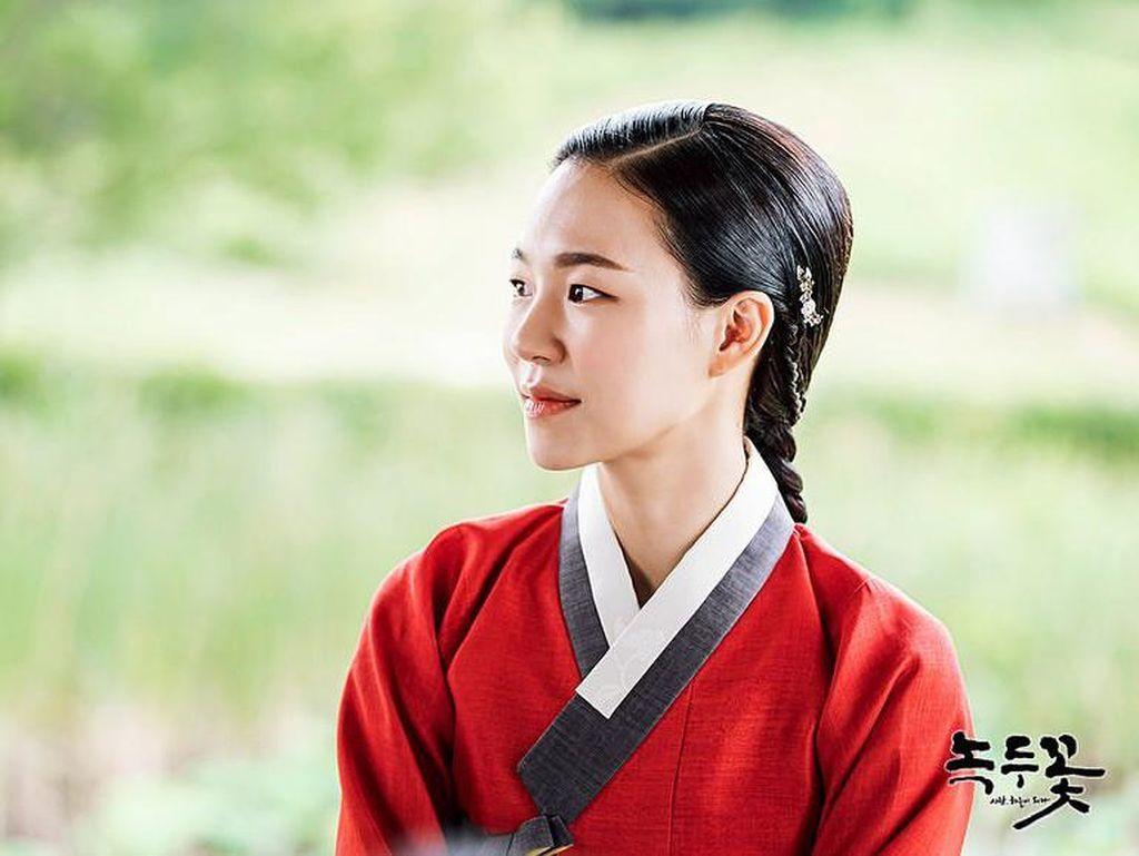 5 Drama Korea Dibintangi Han Ye Ri Dengan Akting Memukau