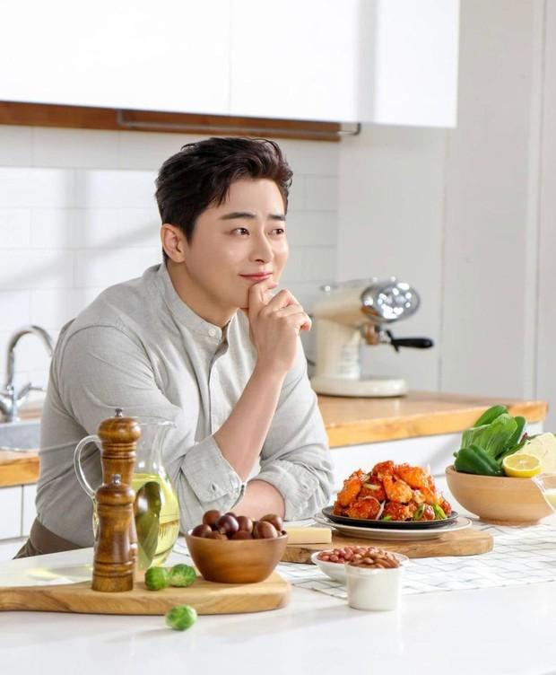 Siapa sih yang enggak kenal dengan Jo Jung Suk? Ahjussi yang satu ini juga enggak kalah nih, Beautynesian.