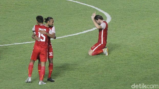 Pemain Persija Jakarta bersyukur atas kemenangan timnya di babak final Piala Menpora 2021.