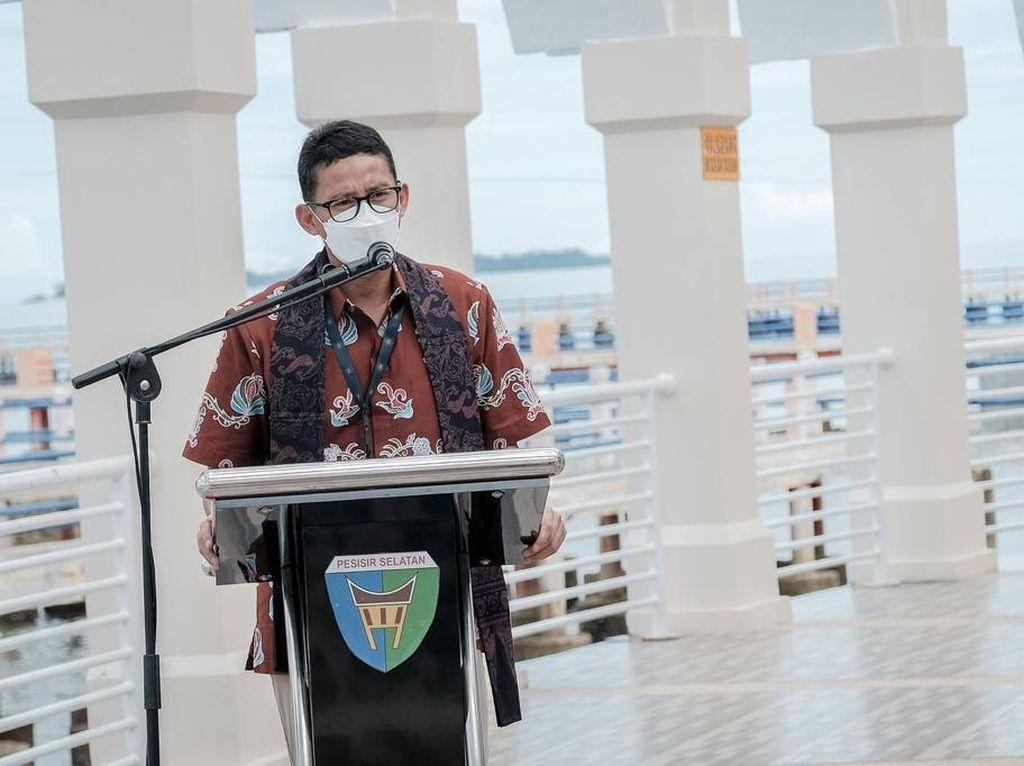Puncak Paku Mandeh Mau Diubah Jadi Puncak Jokowi, Sandiaga: Itu Smart!