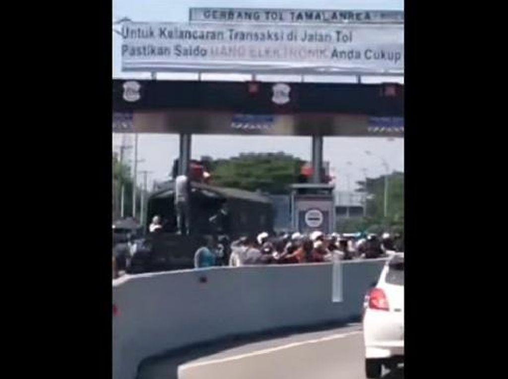 Pemotor Pengantar Jenazah Brutal-Terobos Tol di Makassar Sudah Turun-menurun