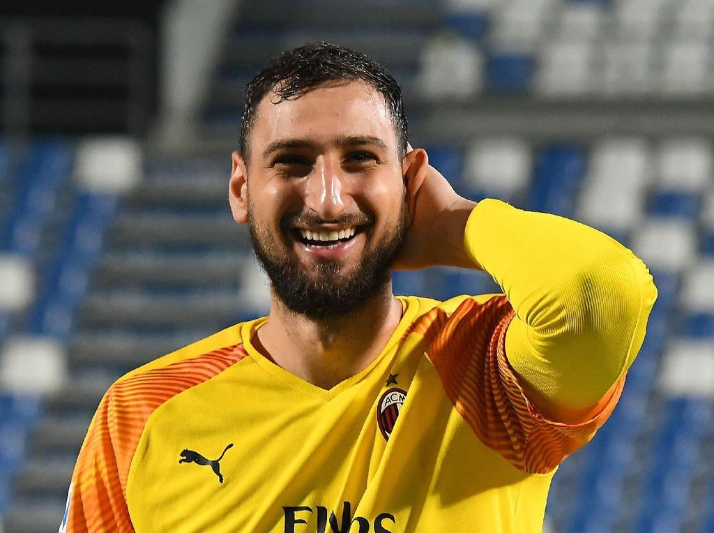 Rumor Transfer: Mourinho Desak Pemilik AS Roma Boyong Donnarumma