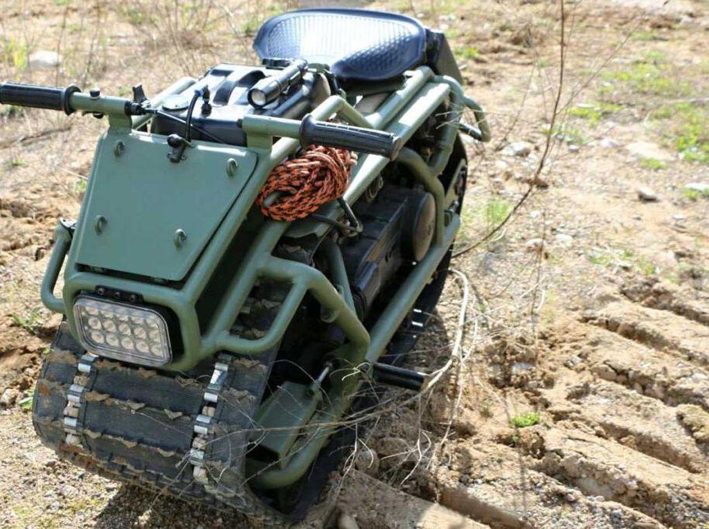 Motor Hamster Ini Bak Tank Tempur, Bobotnya Lebih Enteng dari Honda BeAT