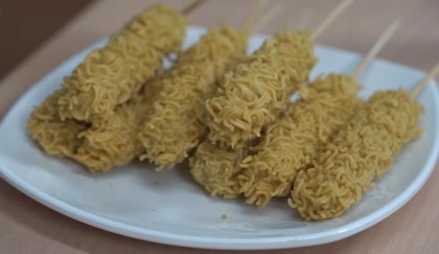 Kreasi mie sate kribo yang krenyes dan nikmat/youtube.com/sobatdapur