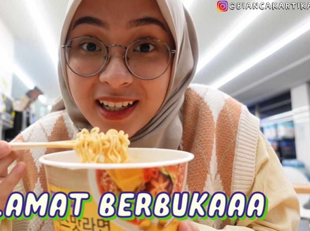 Orang Indonesia Buka Puasa di Minimarket Korea, Makan Apa?