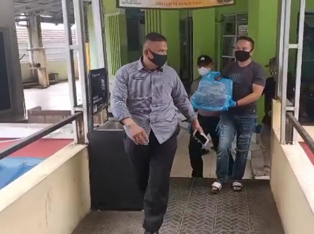 Mayat Bayi dalam Kardus Ditemukan di Sukabumi, Polisi Turun Menyelidiki