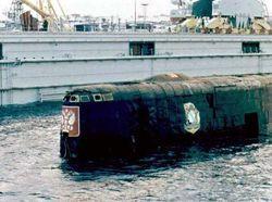 Melihat Lagi Pengangkatan Kapal Selam Kursk yang Tenggelam Tahun 2000