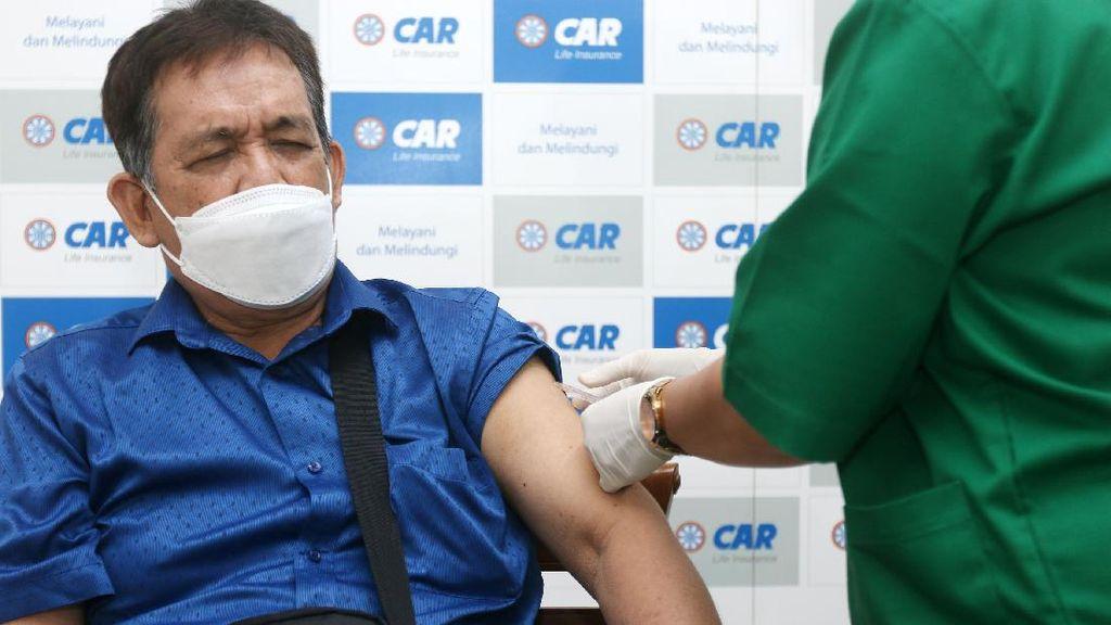 Vaksinasi untuk Lansia di Jakarta