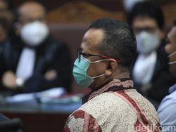 Bui 5 Tahun untuk Edhy Prabowo Usai Suap Ekspor Benur Terbukti