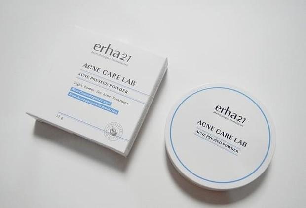 Erha21 acne pressed powder (sumber : bukalapak.com/imortalbeautyfull)