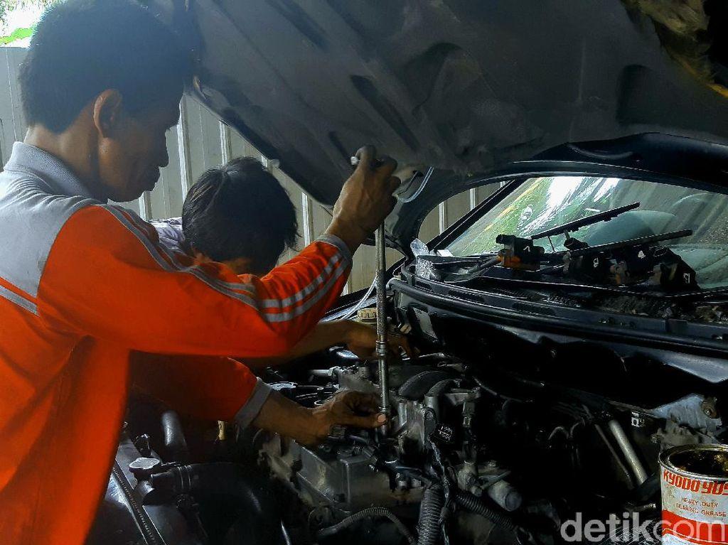 Bengkel Ini Gratiskan Tune Up Mobil Kalau Bisa Ngaji, Tarif Normal Rp 350 Ribu