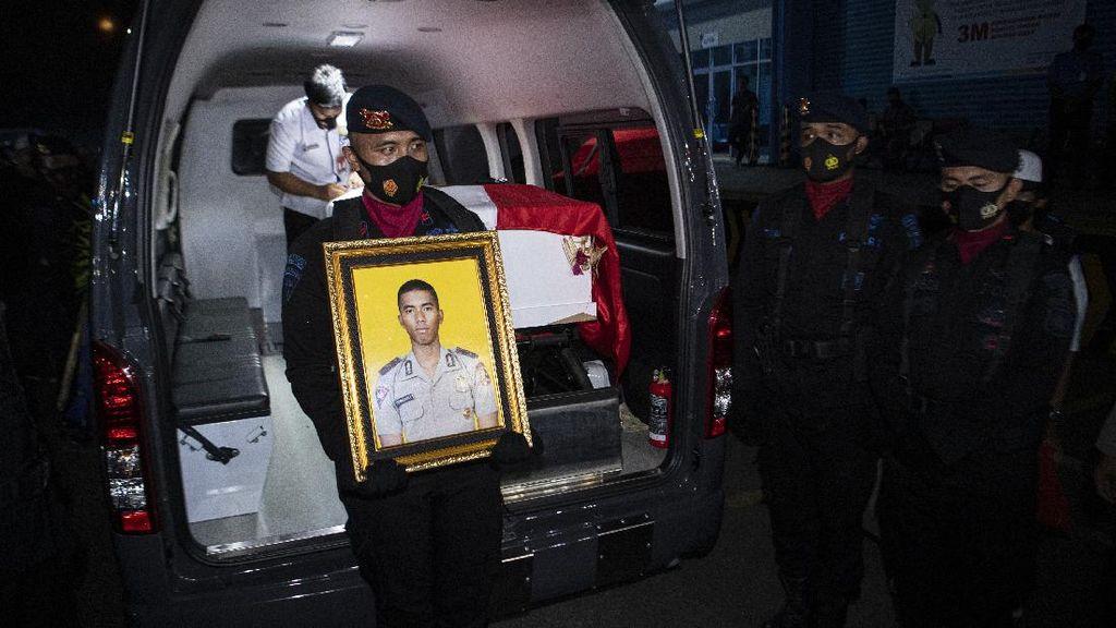 Jenazah Bharatu I Komang Tiba di Palembang