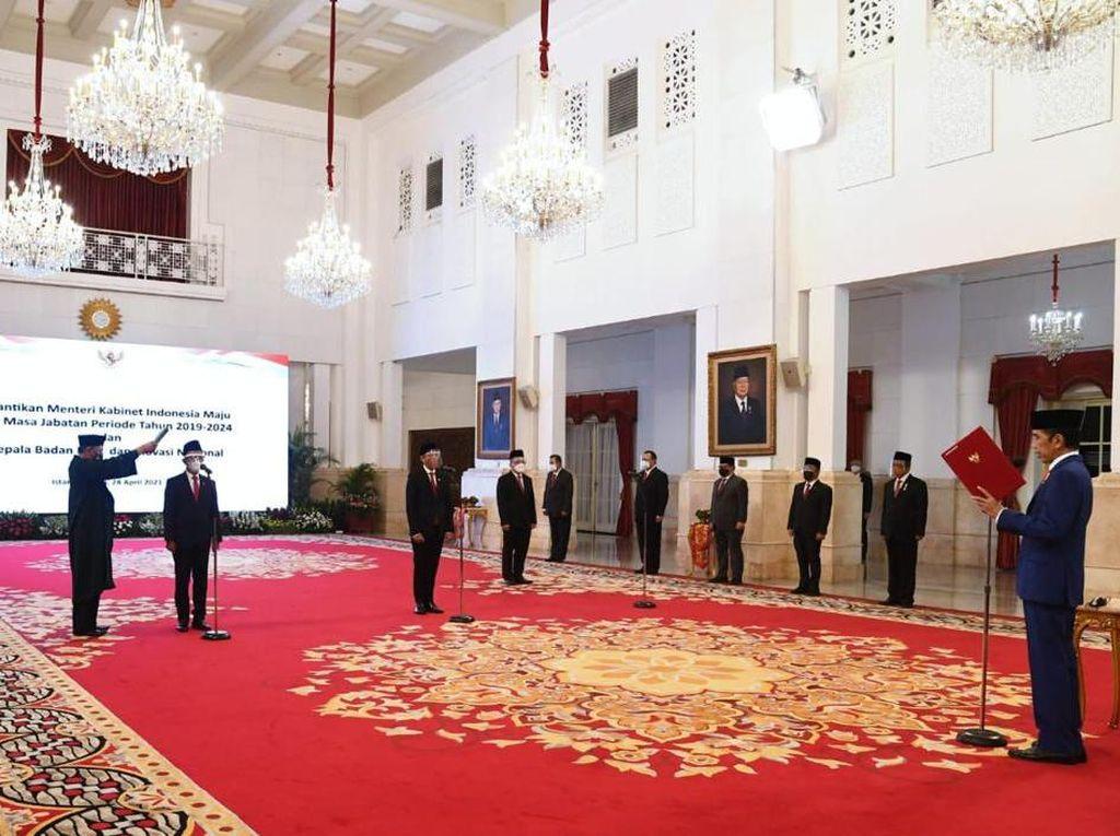 Cerita Jokowi Banyak yang Tunggu Kabar soal Reshuffle Kabinet