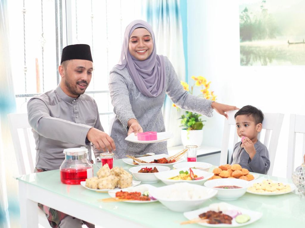 Lebaran di Rumah Saja, Ditemani Hidangan Spesial Hari Raya