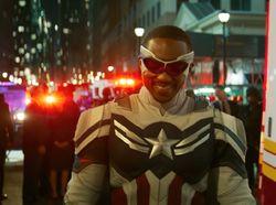 The Falcon and The Winter Soldier: Sam Warisi Perisai Captain America