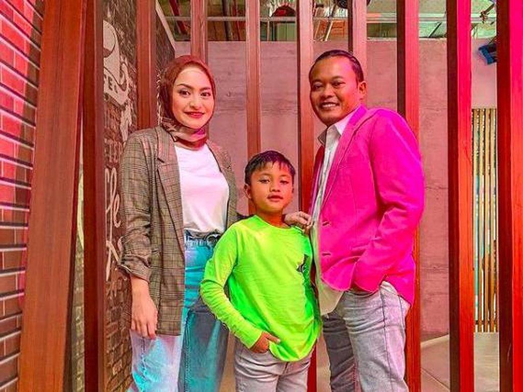 Nathalie Holscher Pulang ke Istana Sule, Masalah Belum Selesai?