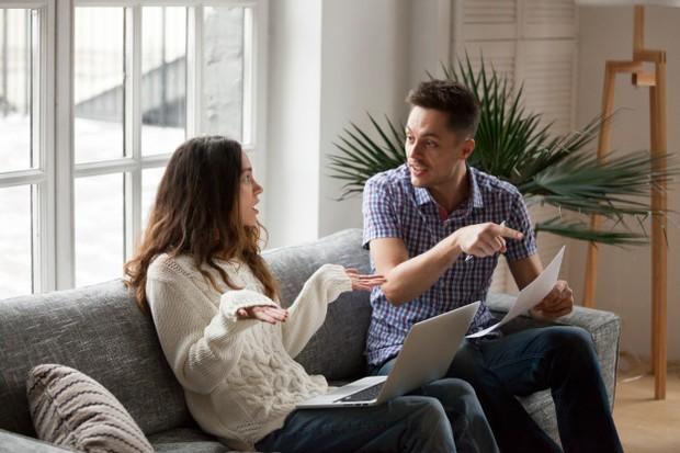 Tidak jarang pula individu penantang bertemu dalam satu hubungan. Ini ditunjukkan saat kedua pasangan sangat keras kepala.