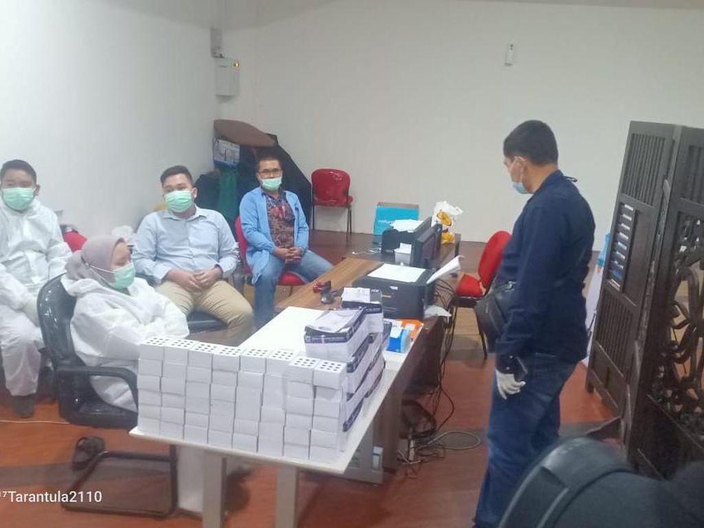 Layanan Tes Antigen di Kualanamu Digerebek, Ratusan Alat Bekas Disita!