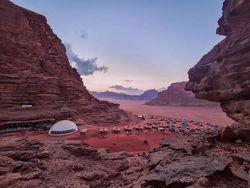 Foto: Bukan di Planet Mars, Ini Penginapan di Yordania