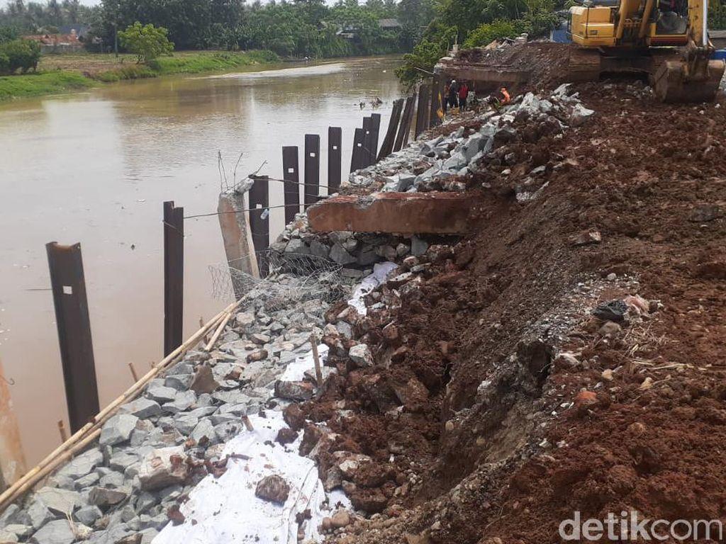 Longsor Tanjung Burung Dikhawatirkan Bikin Banjir, Perbaikan Bikin Tenang