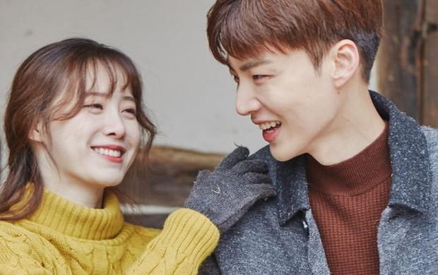 Sebelum bercerai, Ahn Jae Hyun dan Gyo Hye Sun rajin membagikan potret kebersamaan mereka berdua di media sosial.