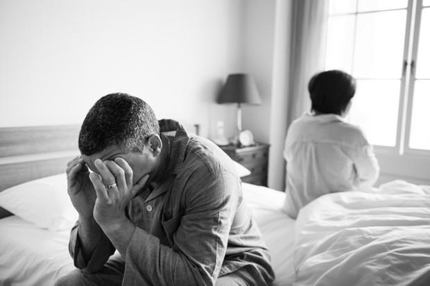 Pasangan yang cenderung memiliki karakter sesama penarik diri. Ini adalah saat kedua individu menyatakan pendapat mereka dengan cara yang sangat tersirat, bahkan ada pula yang cenderung diam dan memendam perasaan.