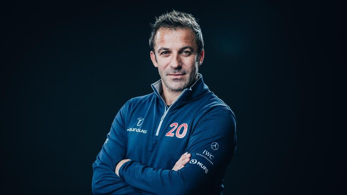 BERLIN, GERMANY - FEBRUARY 16: Laureus Academy Member Alessandro Del Piero poses at the Mercedes Benz Building prior to the 2020 Laureus World Sports Awards on February 16, 2020 in Berlin, Germany. (Photo by Simon Hofmann/Getty Images for Laureus)