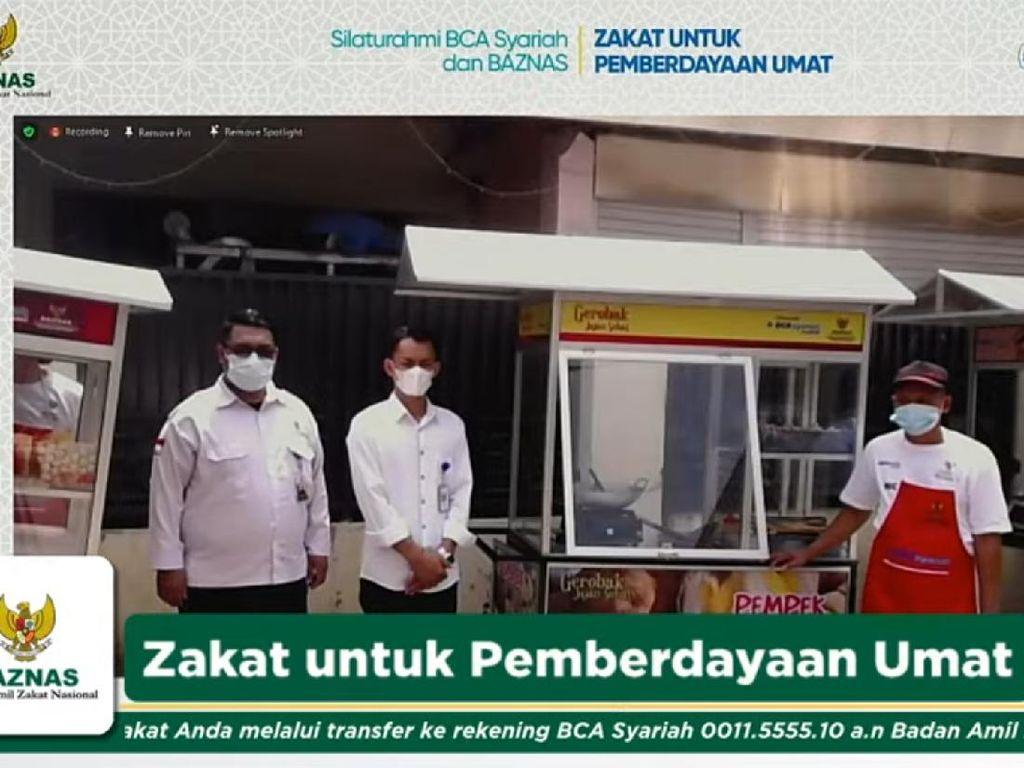 Berdayakan Usaha Mikro, BAZNAS & BCA Syariah Salurkan Zakat Produktif