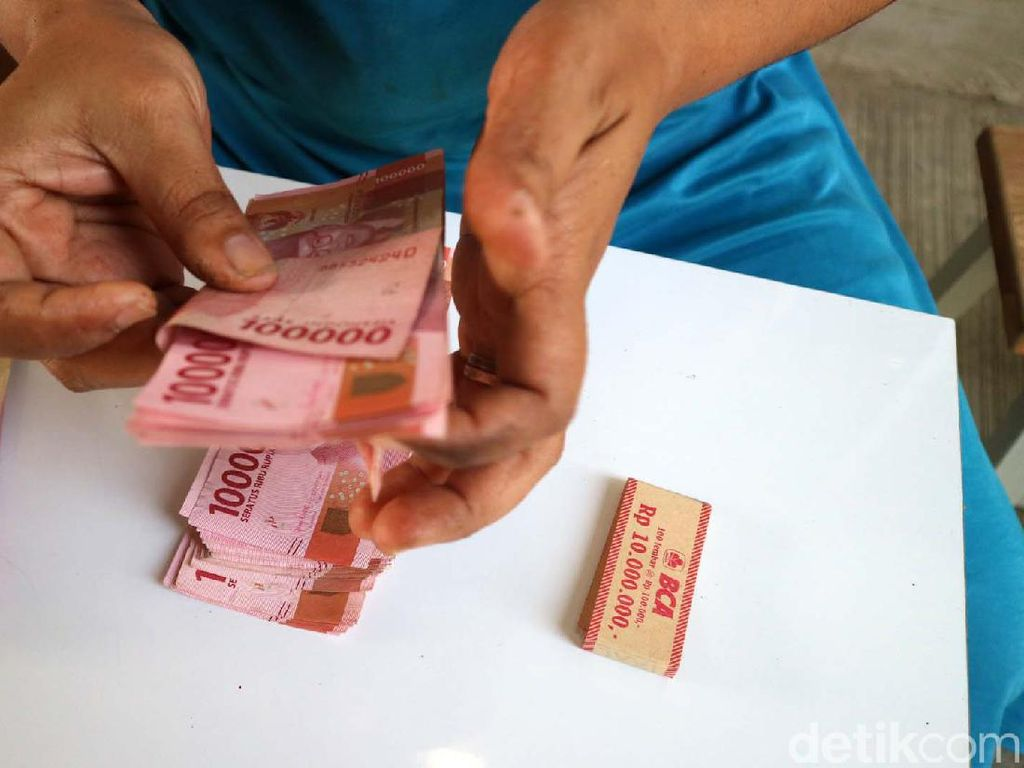 Uang THR Masih Utuh, Enaknya Buat Apa Ya?