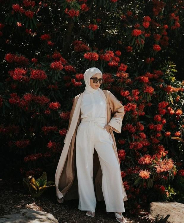 5 Inspirasi Outfit Lebaran Selain Gamis