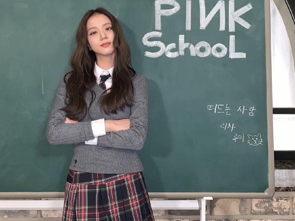 Foto: 10 Koleksi Dior Terinspirasi Jisoo BLACKPINK Sang Global Ambassador