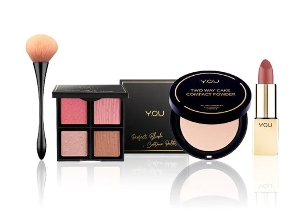 Makeup Set dari Y.O.U