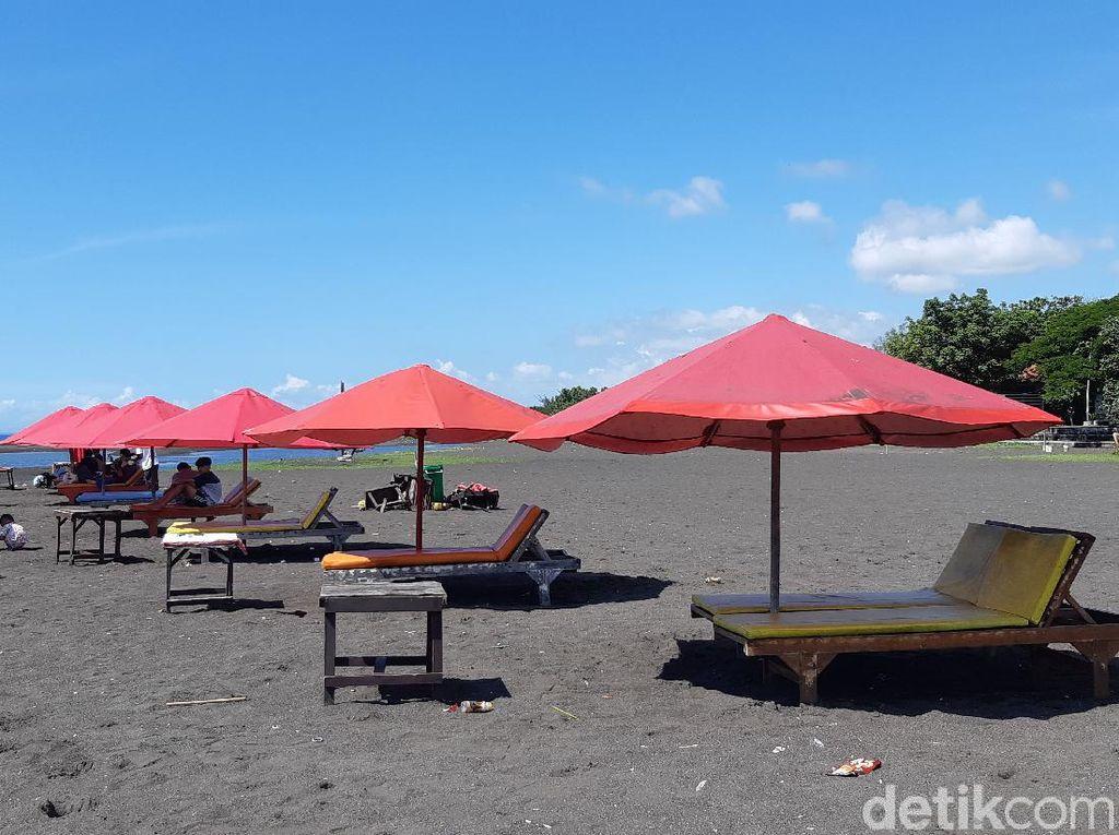 Inilah Pantai Boom Banyuwangi Nan Instagenik