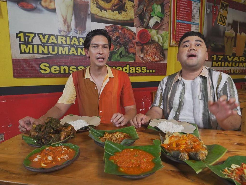 Bikin Laper! Tonton Dimas Beck Makan Ayam Pedas Nampol dan Dapatkan Rp500 Ribu!
