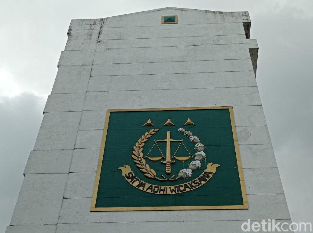 Diduga Jadi Mafia Kasus, Sesjamdatun Dicopot Jaksa Agung!