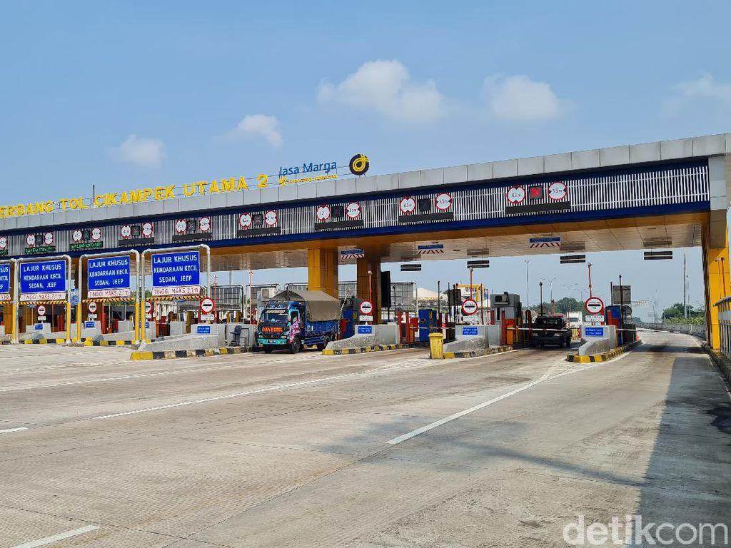 Suasana Tol Cikampek-Jalur Tikus Jakarta Arah Jabar Jelang Larangan Mudik