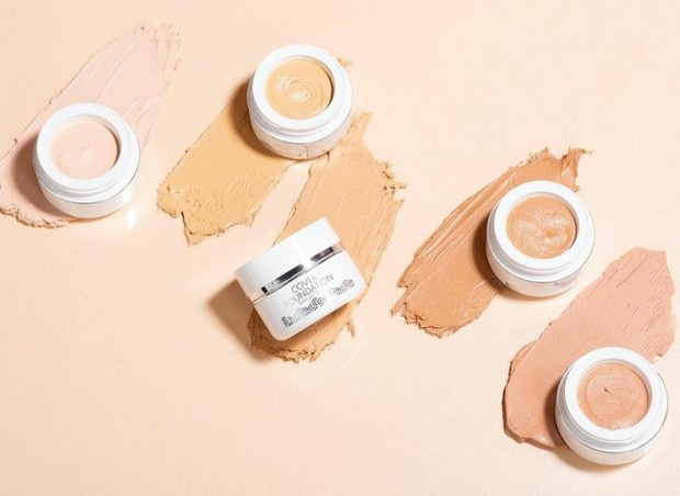 5 Rekomendasi Cream Foundation Bikin Kulit Flawless