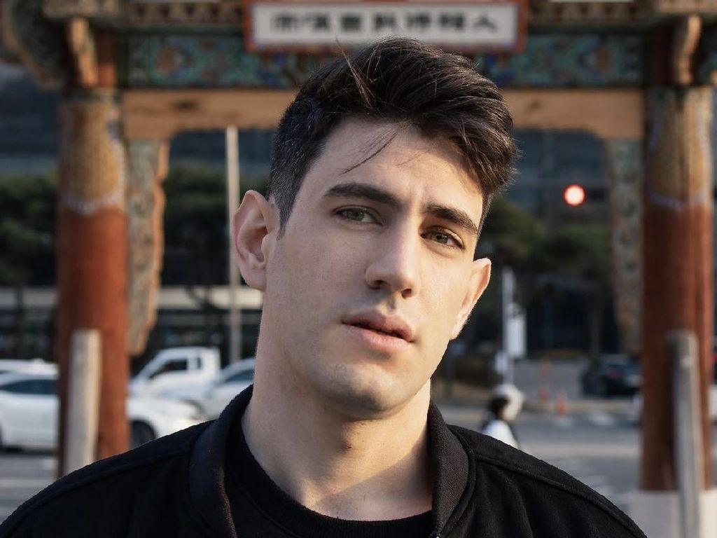 10 Fakta Menarik Luca, Pemain Vincenzo yang Jadi Adik Italia Song Joong Ki