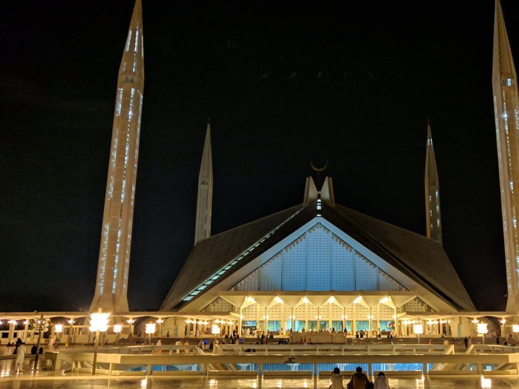 Foto: Tanpa Kubah, Masjid Ini Tetap Indah