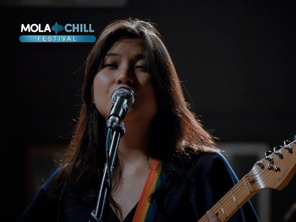 Danilla hingga Barasuara, Intip Keseruan Mola Chill Festival